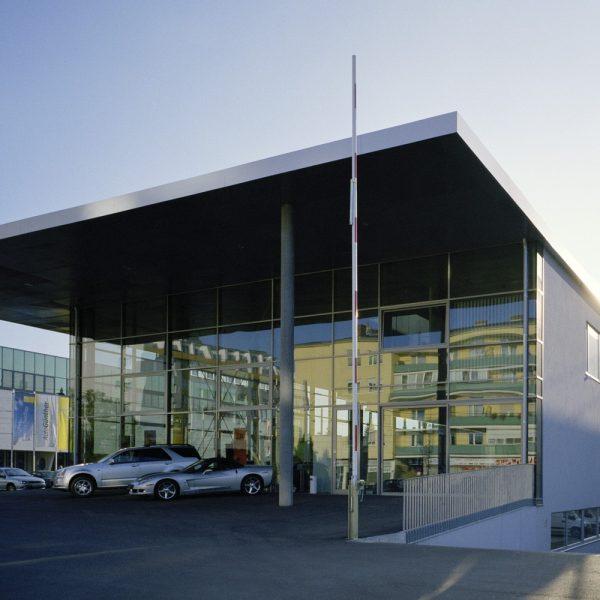 Industrie und gewerbe kub a karl und bremhorst architekten for Autohaus linz